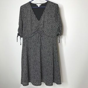 LC Lauren Conrad Dress Size Medium Daisy Print